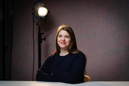 Agnes-Lindström_Bonnier-Carlsen_2017-studioportratt