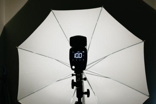 Profoto-A1-vidvinkel-lins-kamerablixt