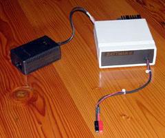 BATTMAN II, um do-it-yourself computador gerenciador de bateria controlado para NiMH (e outros) baterias.