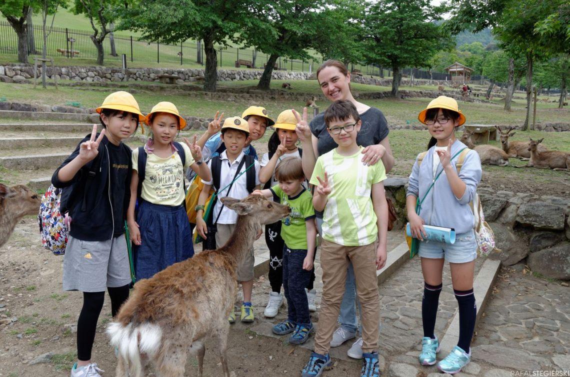 Z japońskimi uczniami w Narze.