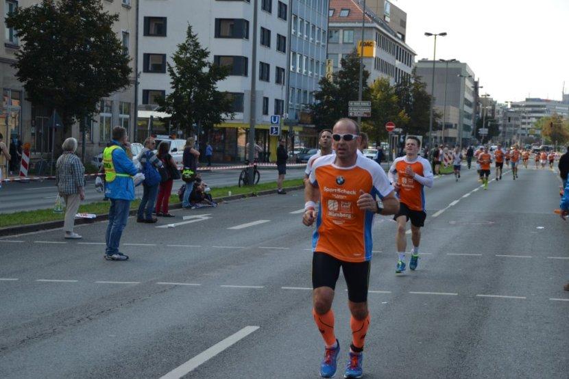 Armin Zipf auf der Halbmarathonstrecke Stadtlauf Nürnberg 2014