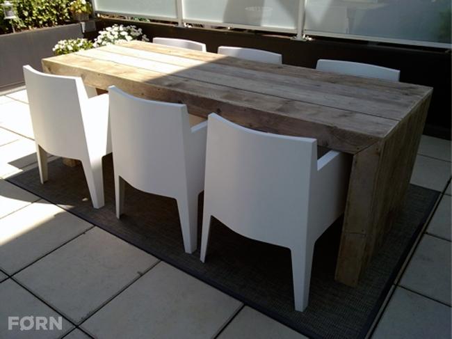 Steigerhouten tafel of bartafel Munchen
