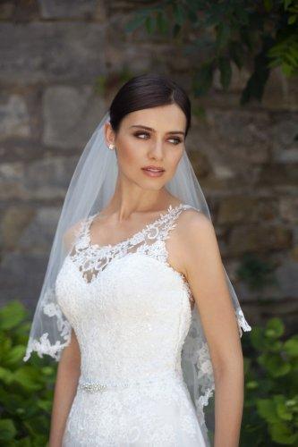 Hochzeitskleid  Brautkleid  Kollektionen 2019  Steinecker
