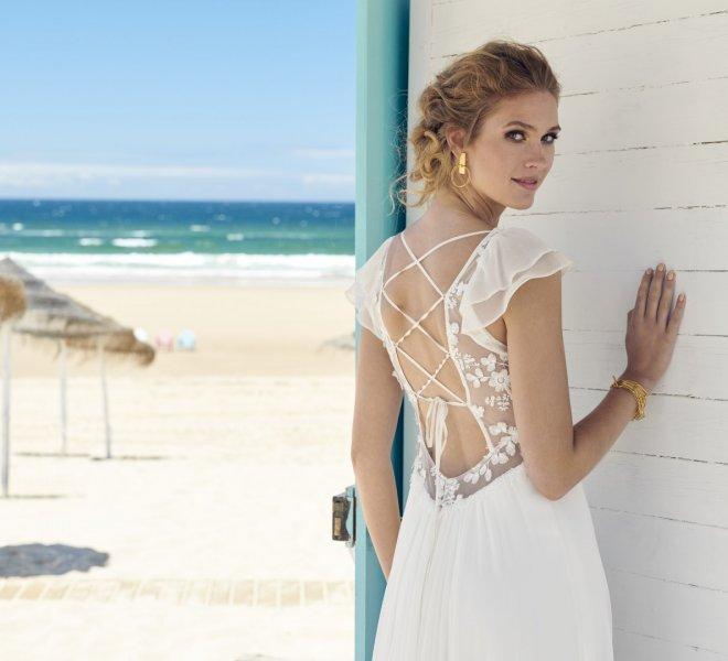 Rembo Styling  Ihr Brautkleid bei STEINECKER  Hochzeitskleid  Ballkleider  Brautkleider