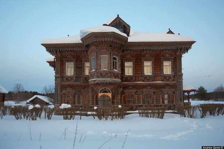 Case de lemn abandonate Rusia