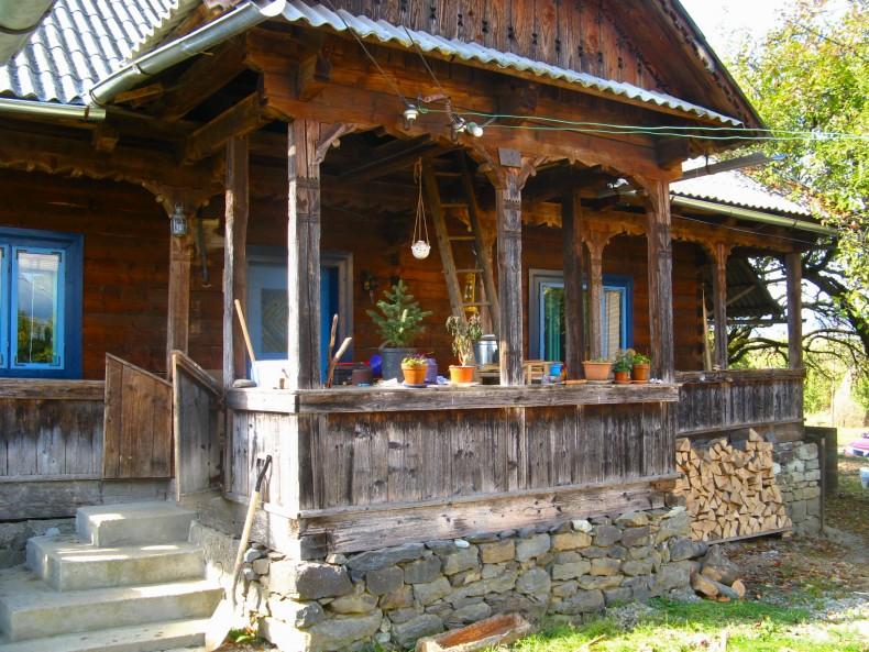 casa de lemn din Breb