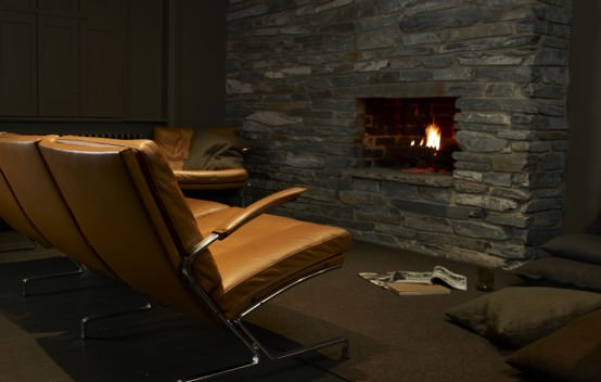 Lounge living - Casa Atkins-Hughes