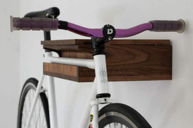 Suport eco de perete din lemn pentru bicicleta