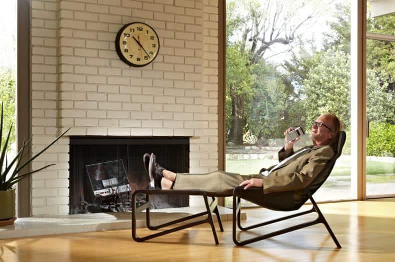 detasare completa pe un Lounge Chair