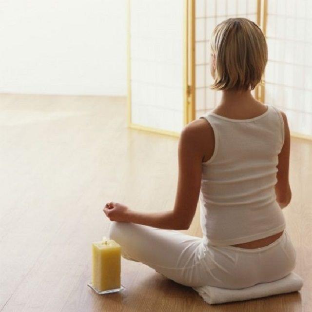 amenajarea unei camere de meditatii