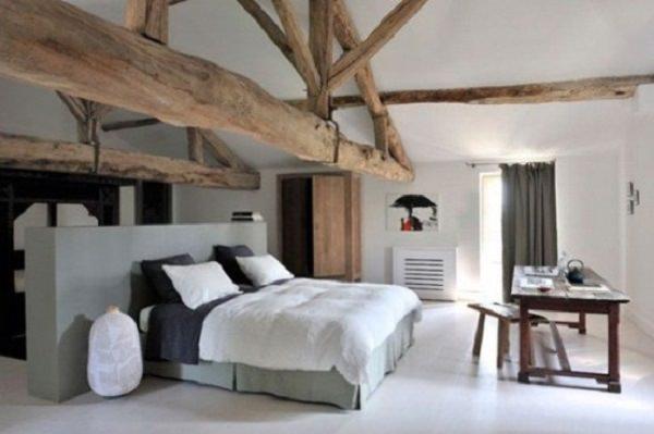 dormitor minimalist in hambar