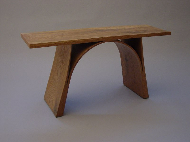 mobila din lemn masiv curbat