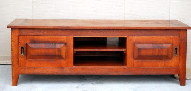 mobila din lemn masiv- stand TV