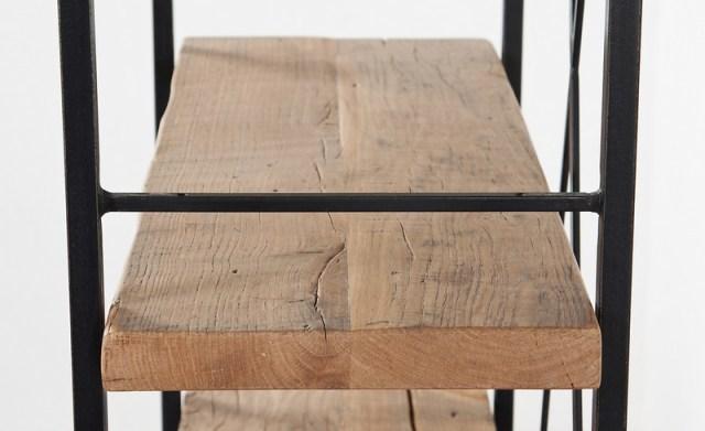 raft metalic cu polite de lemn