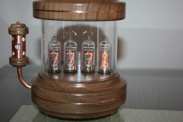 ceas NIXIE carcasa lemn