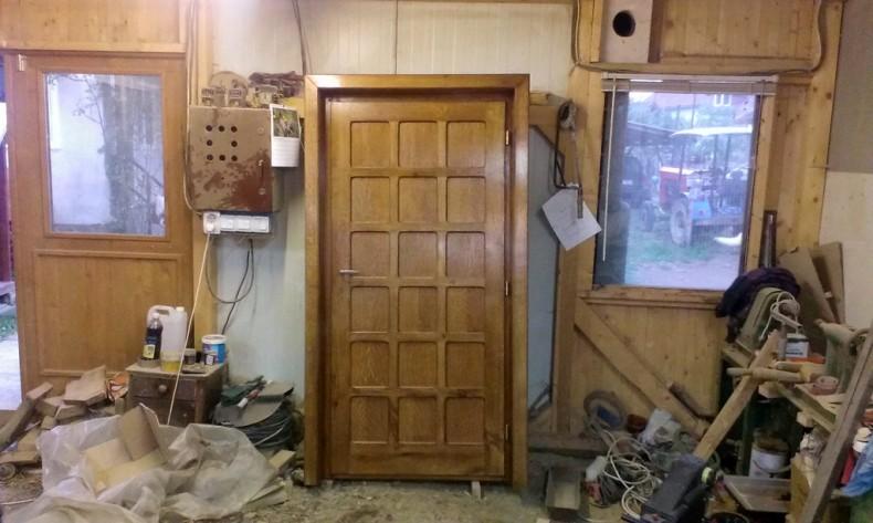 Ușa din stejar