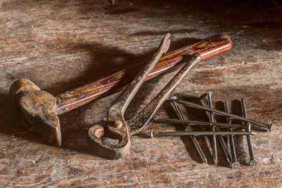 scule vechi cuie ciocan si cleste