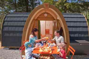 camping casute cu forme circulare