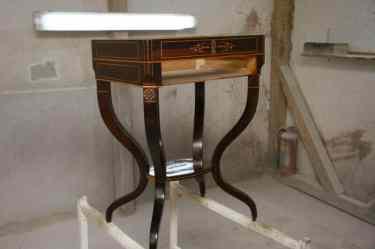 mobilier reataurat de ambasada