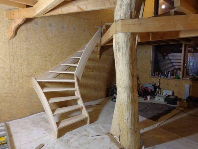 scara din lemn