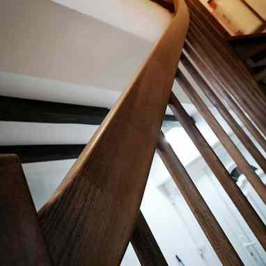 scara interioara din lemn de fag