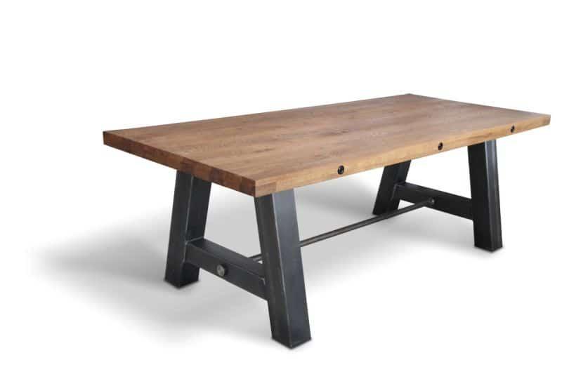 varianta de dining cu h=87 cm, picioare metalice si blat din lemn masiv de stejar