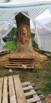 Gabriel Rizea si sculptura Fata din Dafini Tarlungeni