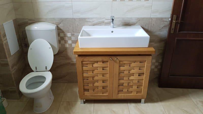 mobilier de baie din stejar Daniel Morlova