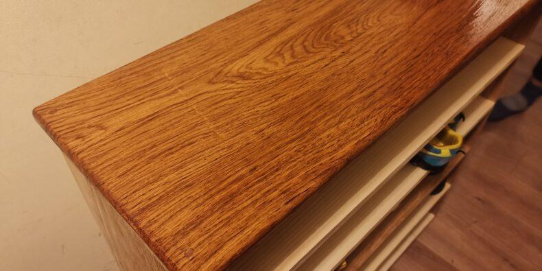 lemn de gorun finisat cu ulei Worktop oil