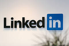 linkedinfluence - get more linkedin network referrals business