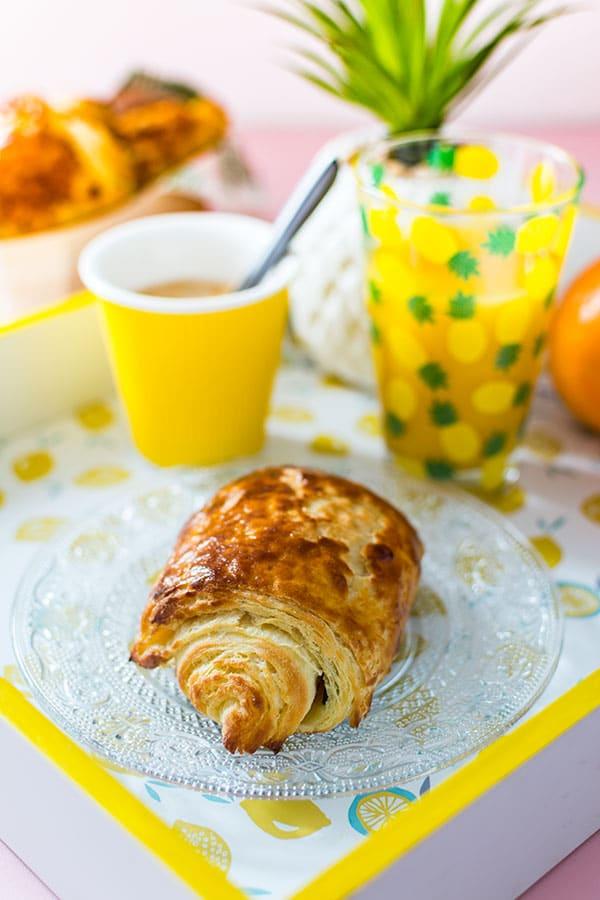 recette de pains au chocolat ideal petit dejeuner ou brunch recettes faciles recette pas cher recettes rapides par stella cuisine