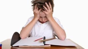 bambino con distrurbi specifici dell'apprendimento
