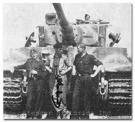 Trger des Ritterkreuz des Eiserne Kreuze SSOberscharfhrer Paul Eggers IsSSPzAbt502 102