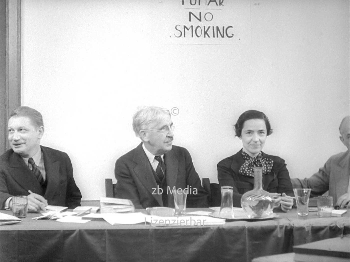 Mitglieder der Dewey Kommission: John Dewey, Suzanne La Follette, Benjamin Stolberg