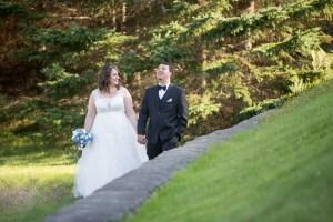 Petit mariage intime au pied du Mont-Tremblant par une belle journée d'automne