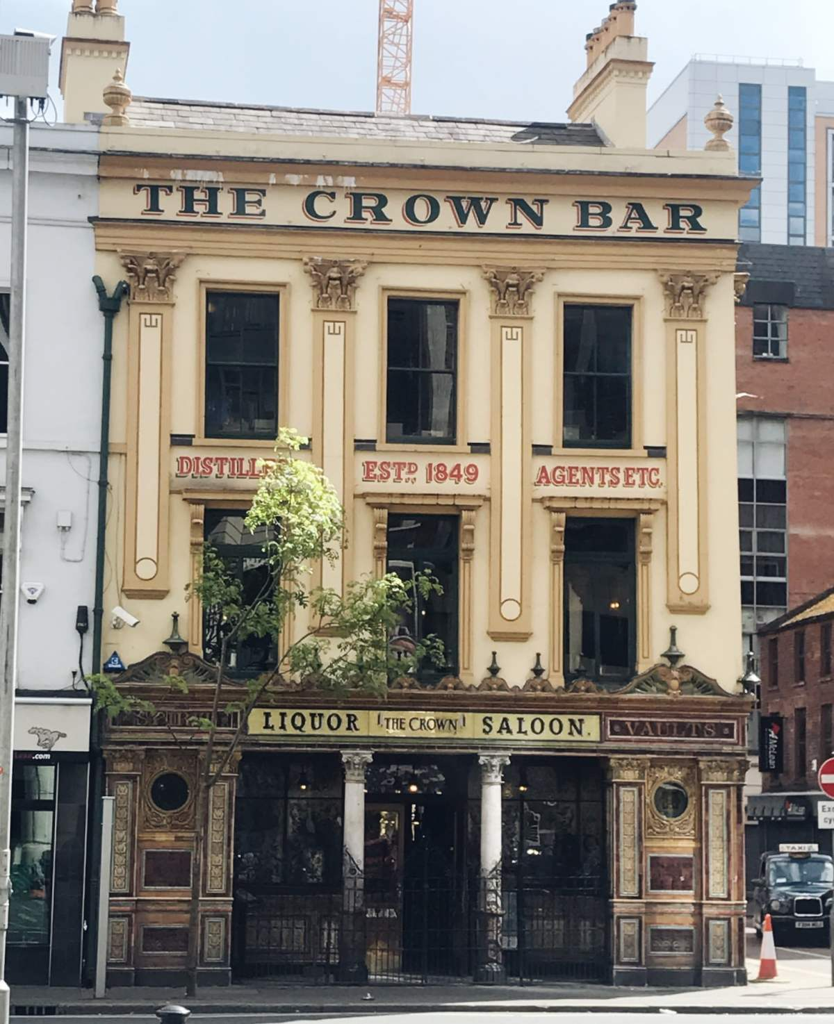 The Crown Pub, Belfast