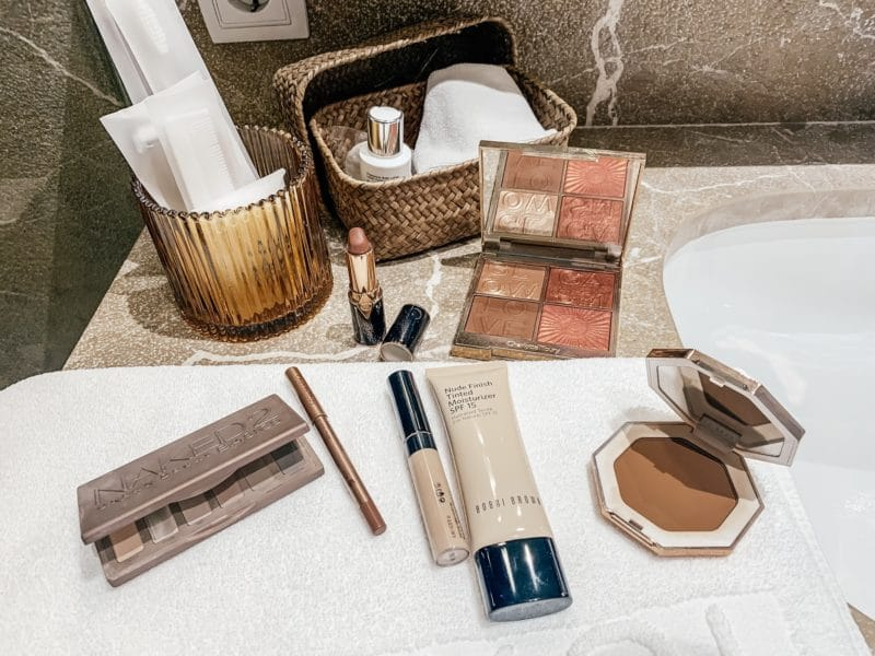 Summer Travel Make Up Essentials
