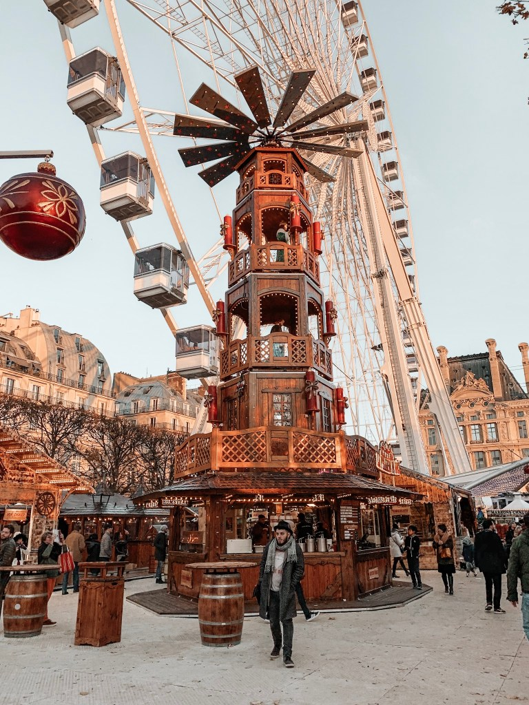 ferris wheel paris christmas market