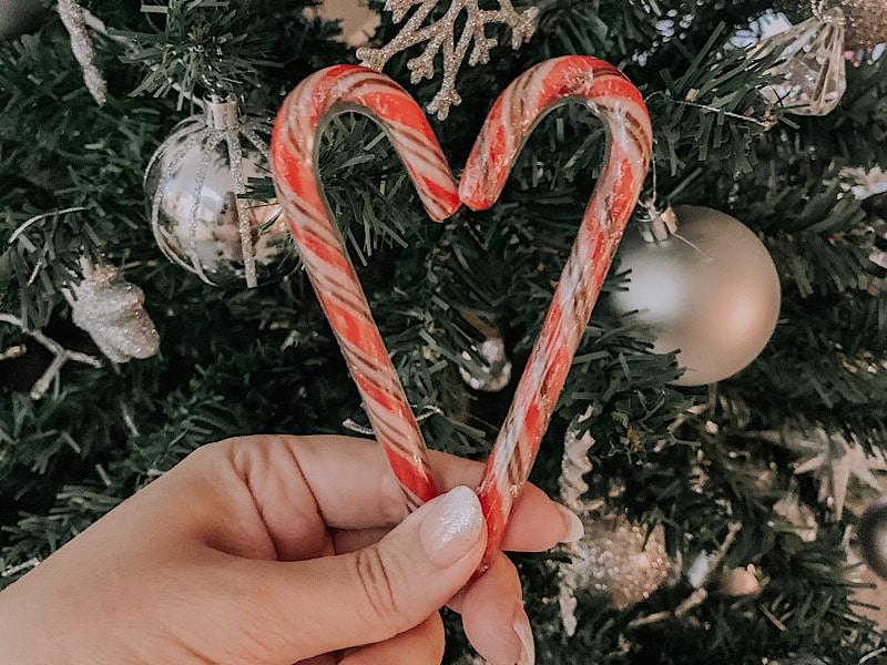 15 Good Deeds For This Festive Season