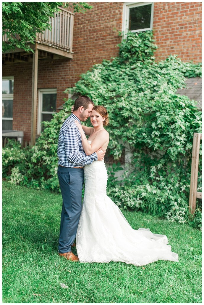 Stephanie Marie Photography Palmer House Stable Events Solon Iowa City Wedding Photographer Aaron Jenn 25