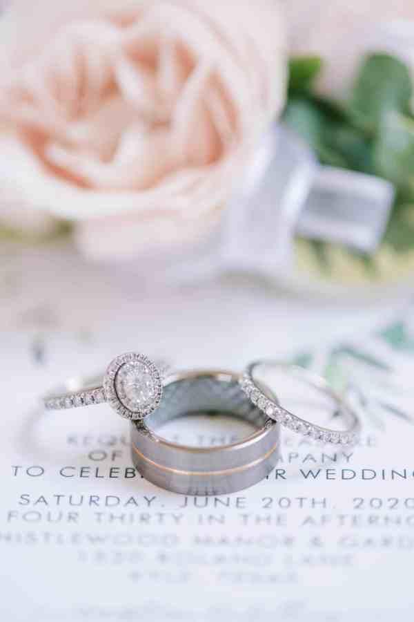 Wedding rings at Thistlewood manor & gardens wedding