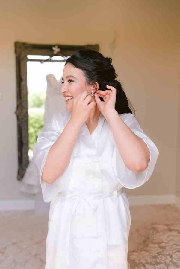 Bride Earrings Thistlewood manor & gardens wedding