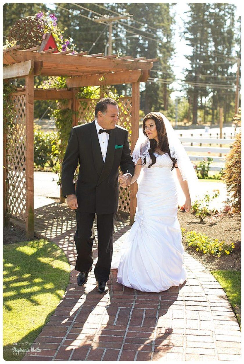 2015 12 22 0027 Enumclaw Private Backyard Wedding   Enumclaw Wedding Photographer