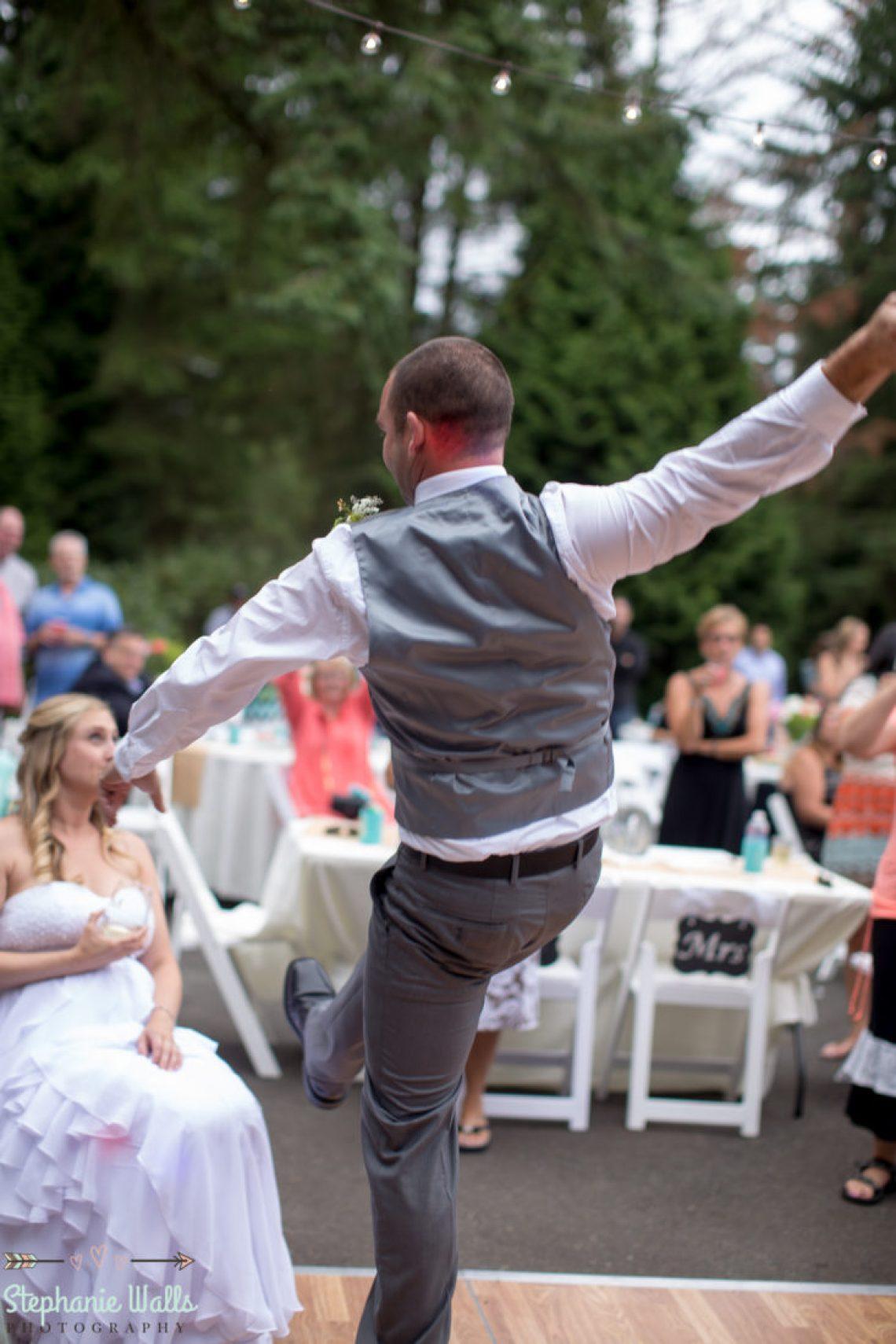 Cruz Blog 88 WOODINVILLE BACKYARD POOL WEDDING | WOODINVILLE WEDDING PHOTOGRAPHER