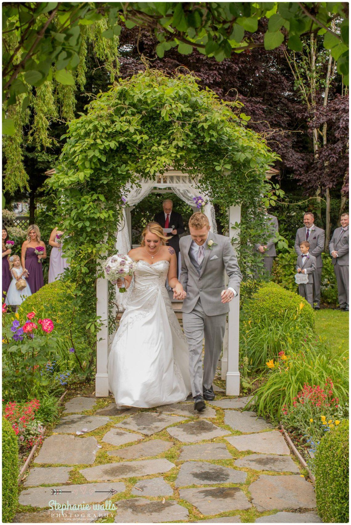 Schroeder Wedding 175 Grand Willow Wedding | Grand Willow Inn Mount Vernon Wedding