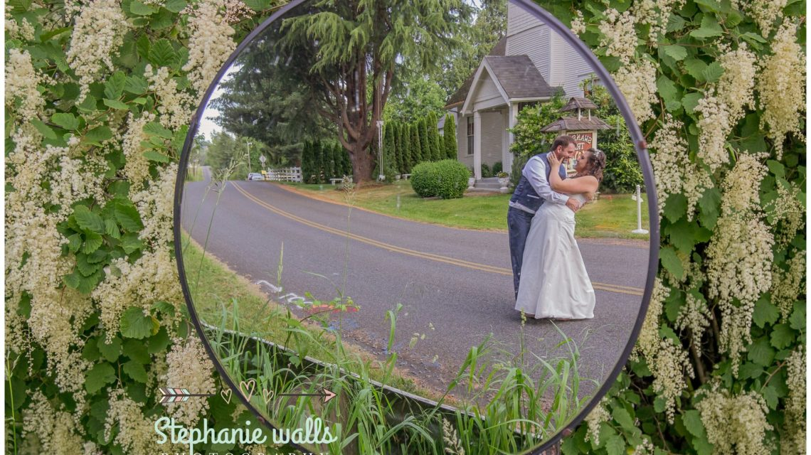 Making Memories | A Chapel At Swan Trails Wedding | Snohomish, Wa