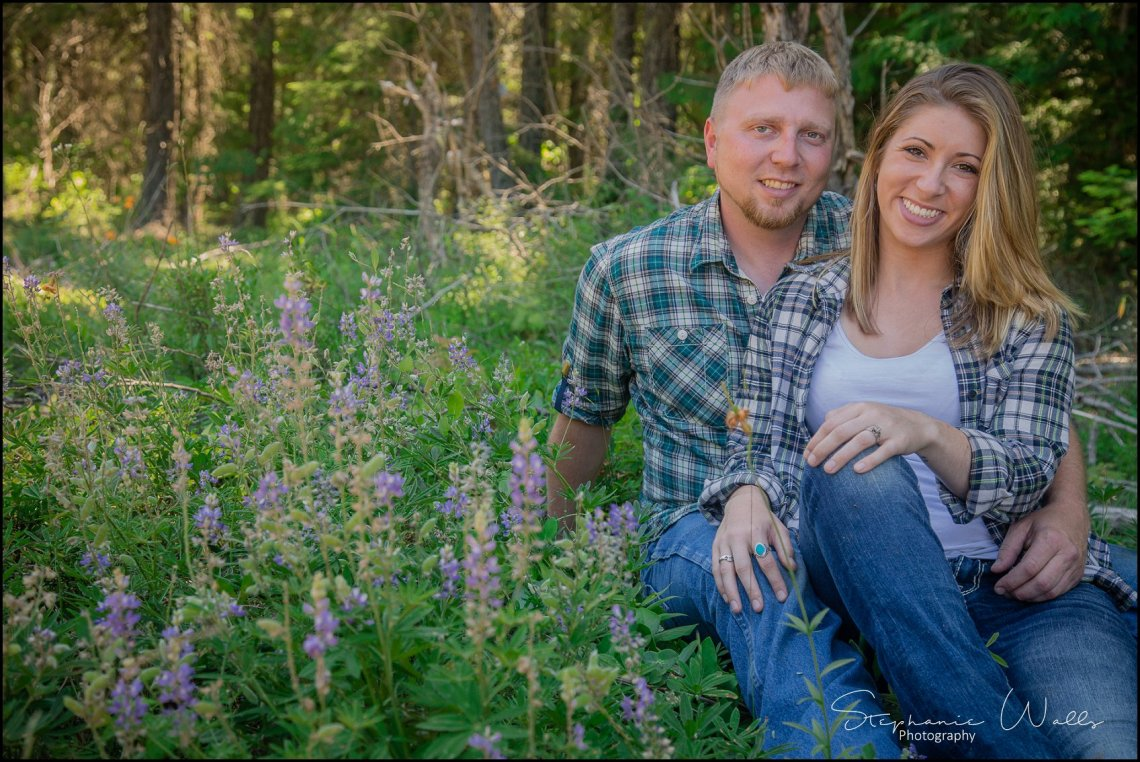 Taylor Jessie082 TAYLOR & JESSE | EASTON, WA ENGAGEMENT SESSION { SNOHOMISH WEDDING PHOTOGRAPHER }