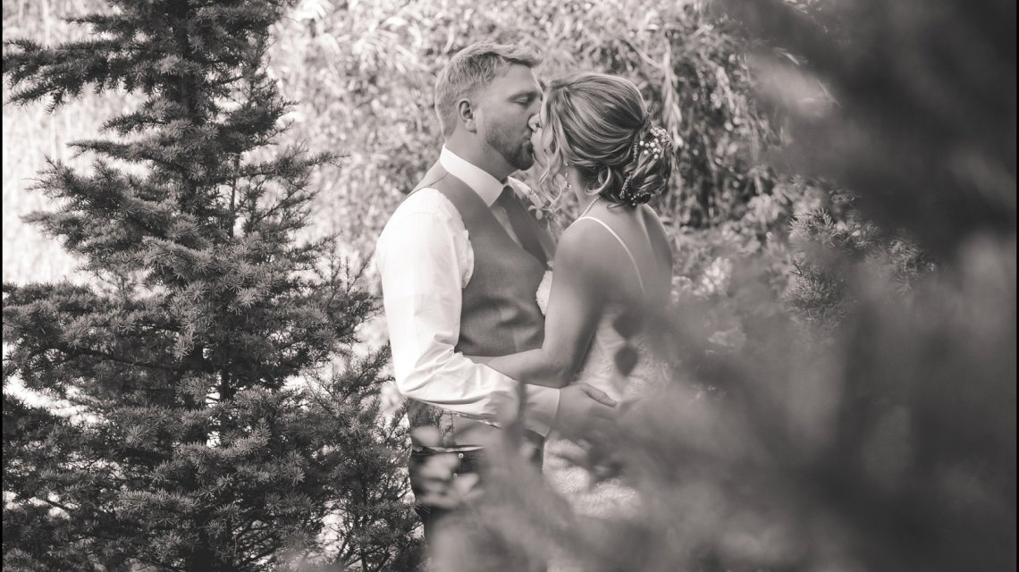 Taylor & Jesse | Pine Creek Farms & Nursery Wedding | Monroe, Wa Wedding Photographer