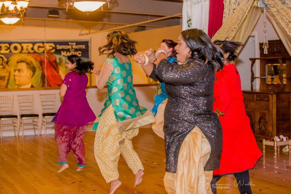 Kaushik 084 3 Snohomish Fusion Indian Wedding With Megan and Mo