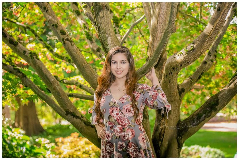 %name Elizabeth Co2019 | Evergreen Arboretum & Gardens | Mariner High School Senior Photographer